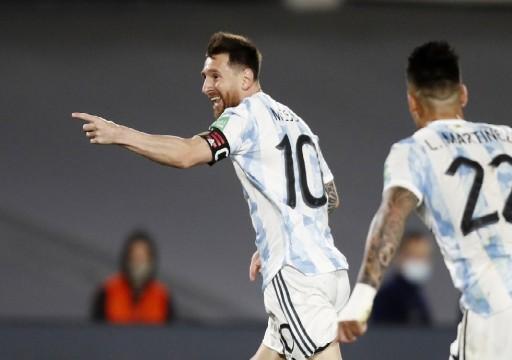 ميسي يقود الأرجنتين للفوز على أوروغواي في تصفيات كأس العالم