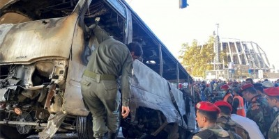 """سوريا.. قتلى وجرحى في تفجير """"استهدف حافلة عسكرية"""" في دمشق"""