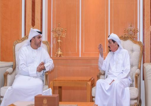 """حاكم عجمان يحث وزارة """"العدل"""" على الاهتمام بتوظيف خريجي كليات القانون والإسلامية"""